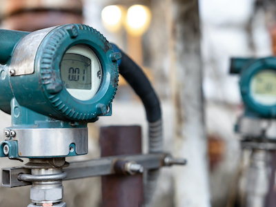 Electronic flow meter used in the measurement of natural gas upon receiving an understanding of electronic flow measurement by gas certification institution.